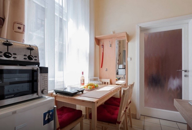 http://budapest-central-apartments.com/wp-content/uploads/2017/01/kiraly-2-airbnb-00009.jpg